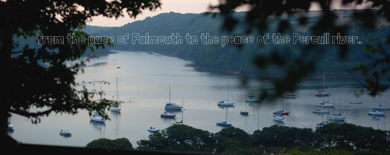 stmawes_hireboat_slider_2x_02